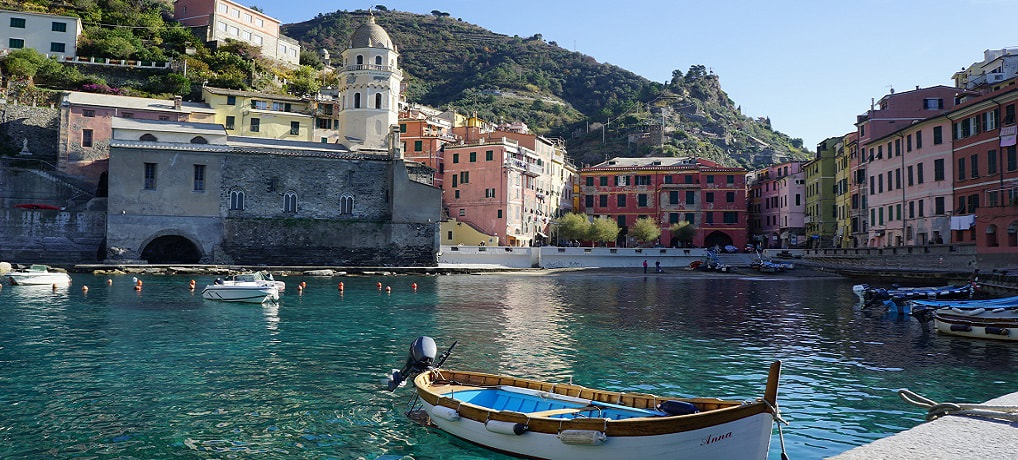 Italy - Cinque Terre - Italian Riviera - A guide to when and how to visit, and hiking