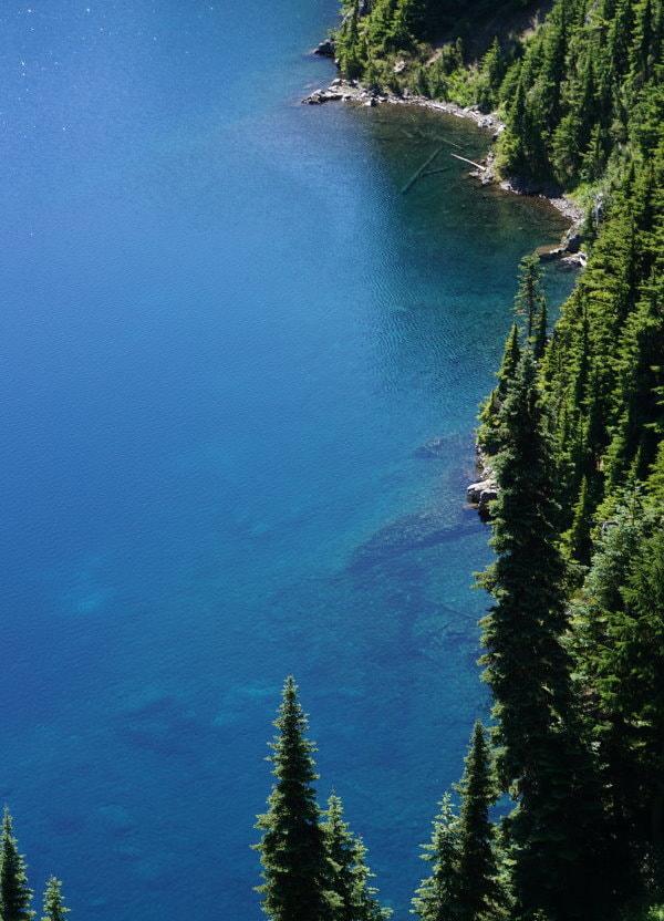 Summit Lake Crystal Clear Water - Washington State